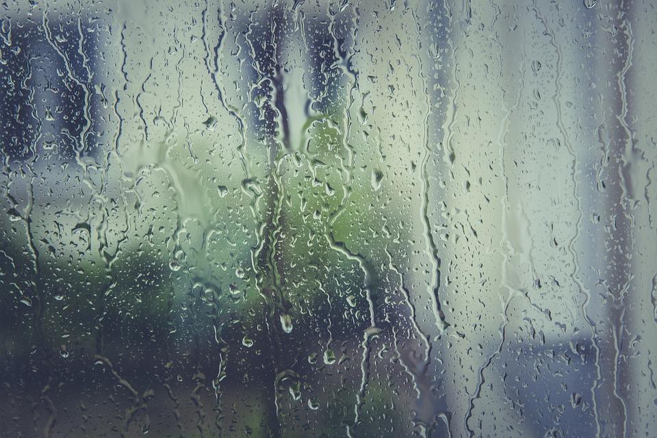 O czym należy pamiętać przy myciu okien? Podpowiadamy!